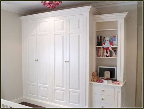 Free Standing Closet With Doors Best 25 Wardrobes With Sliding Doors Ideas On Pinterest