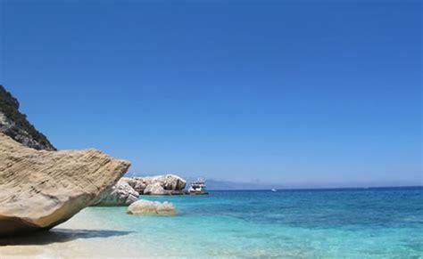 poringueras en las playas el verano en italia las 7 mejores playas de italia