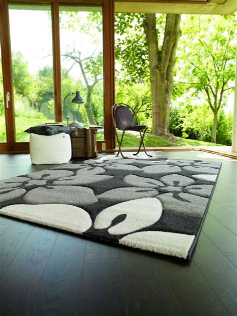 teppiche mit blumenmuster traumteppich treffen sie die richtige wahl