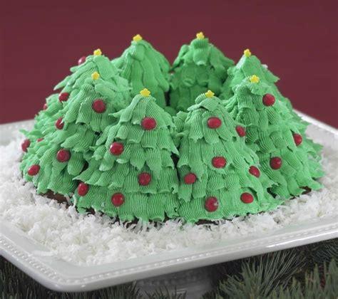 nordic ware holiday bundt tree pan christmas