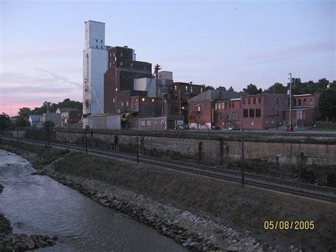New Apartments Downtown Kent Ohio Kent Oh Downtown Kent Cuyahoga River Photo Picture