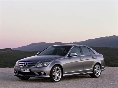 mercedes sells 500 000 c class models around the world