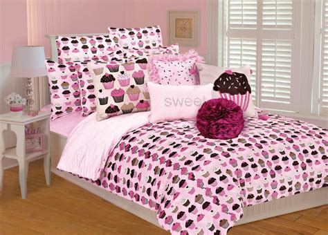cupcake bedroom decor 14 cute pink comforters for teen girls and girly ladies