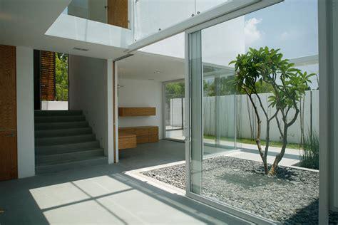 home design interior courtyard architecture mesmerizing small courtyard modern minimalist
