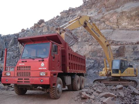 Machine Truck Construction Limited construction equipment zz3257n2947a sinotruk china manufacturer special transportation