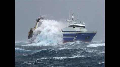 alaska fishing boat processors fishing and processing on a freezing trawler youtube
