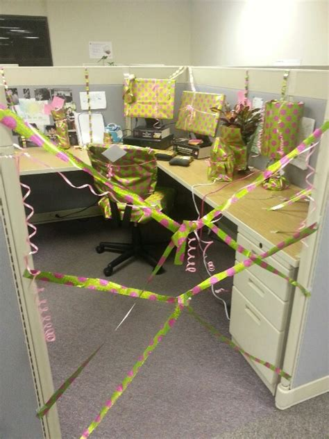 decorating coworkers desk for birthday how to decorate a coworkers cubicle for her birthday joy