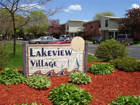 lakeview appartments lakeview village apartments bieckmanagement com