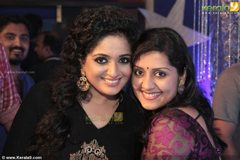 kavya madhavan brother marriage mesmerizing mallus largest mallu hotties thread page 1699