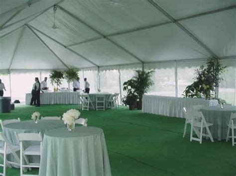 Tent rental Omaha, NE  Omaha party tent rental with screen