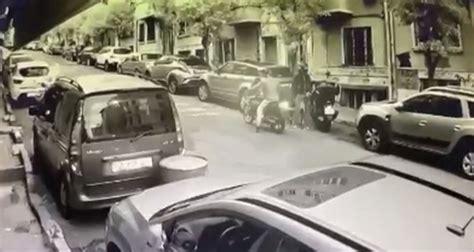 istanbulun goebeginde saniyeler icerisindeki motosiklet