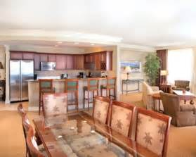 Rooms In Destin Fl by Book Emerald Grande Vacation Resort By Resort Stay
