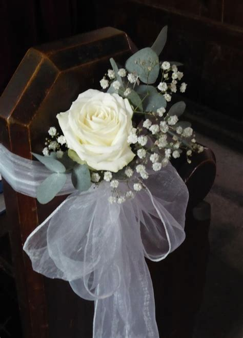 Pew Flowers For Weddings by Image Result For Gyp And Voile Pew Ends Bodas Wedding