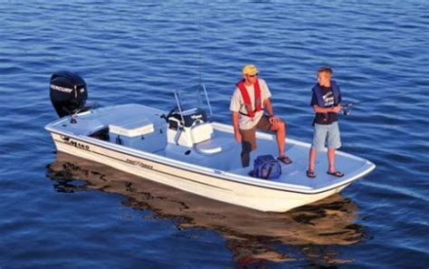 fishing boat hull shapes boat buying tips what hull shape is best