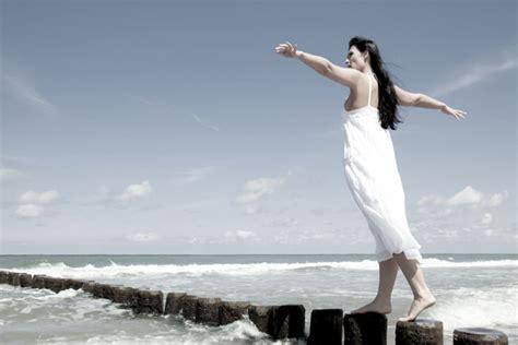 equilibrio hormonal para tu 5 consejos para el equilibrio hormonal femenino