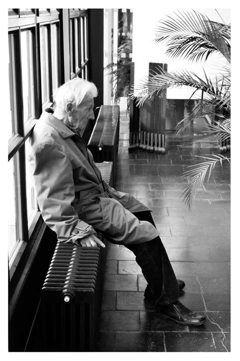 Einsamkeit im Alter 2 Foto & Bild   erwachsene, menschen