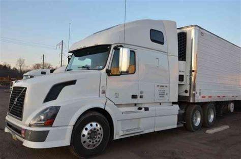 2011 volvo semi truck for sale volvo vnl 670 2011 sleeper semi trucks