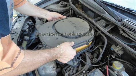 cambiare candele auto galleria immagini cambio filtro motore fiat punto