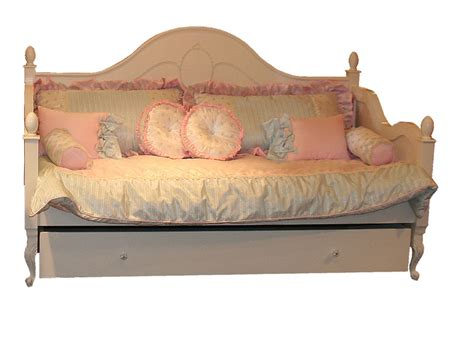 country daybed day bed by country cottage rosenberryrooms