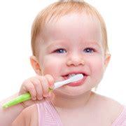 ab wann spã rt die schwangerschaft ab wann sollten kinder zum zahnarzt elternwissen