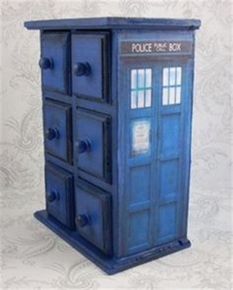 tardis couch 1000 images about diy furniture on pinterest tardis