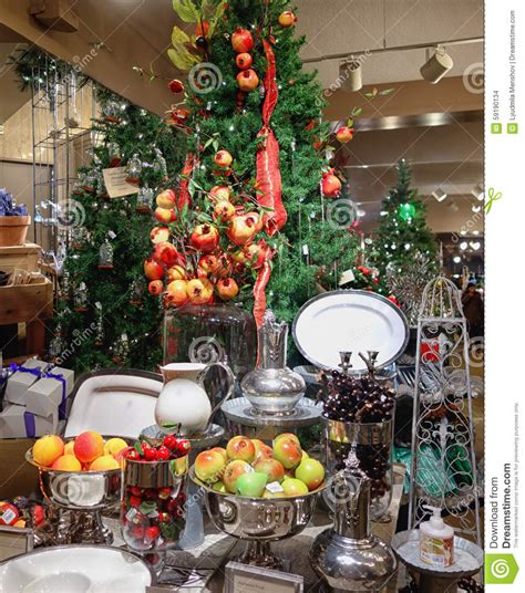christmas gift shop in longwood gardens stock photo