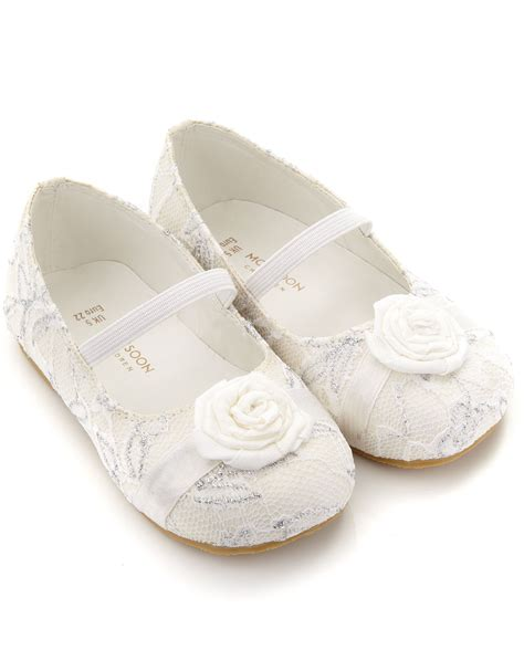 flower shoes white flower shoes ideas and inspiration wedwebtalks