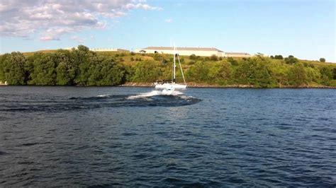bayliner jet boat 90hp bayliner jet 90 hp doing 360 s youtube