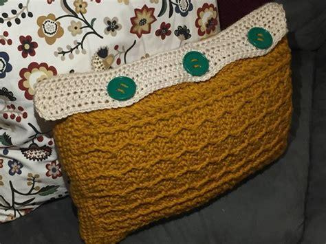 zig zag crochet cushion pattern cabled zig zag rectangle pillow crochet pattern