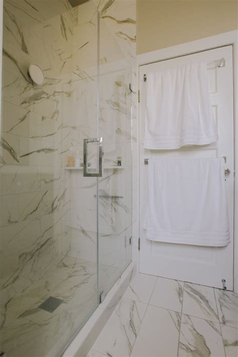 Porcelain Tile In Bathroom by Italian Porcelain Tile Bathroom With Accent Wall Angled Ceiling Beeyoutifullife