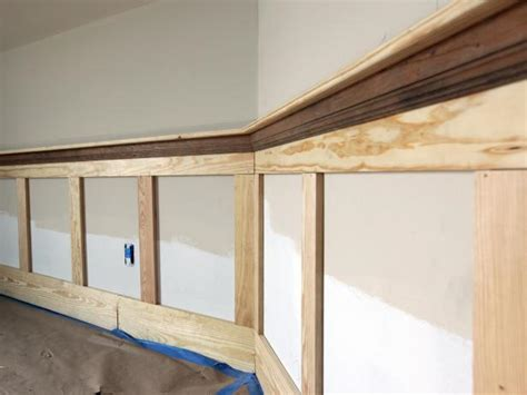 Cap Trim For Wainscoting How To Install Shaker Style Wainscot How Tos Diy