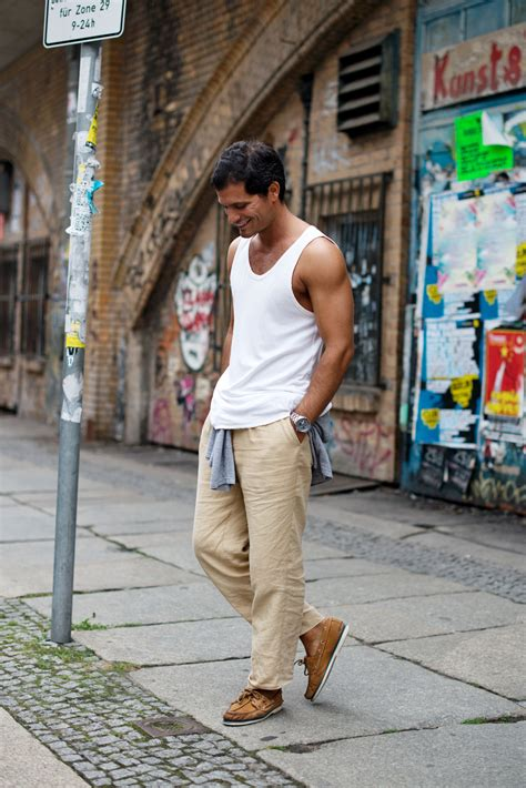 Berlian 0 245 Ct Brown casual friday in berlin the locals style from
