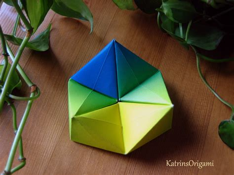 Paper Folding Toys - origami hexaflexagon paper