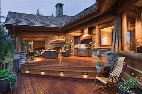 homes with outdoor living spaces outdoor living space pictures 3945 home and garden photo