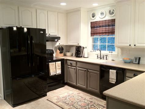Two Tone Painted Kitchen Cabinets by Two Tone Painted Cabinets Kitchen