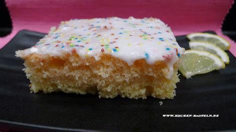 zuckerguss auf warmen oder kalten kuchen zitronenkuchen kochen und basteln