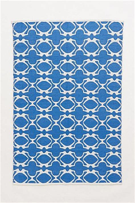 blue quatrefoil rug quatrefoil outdoor rug i anthropologie