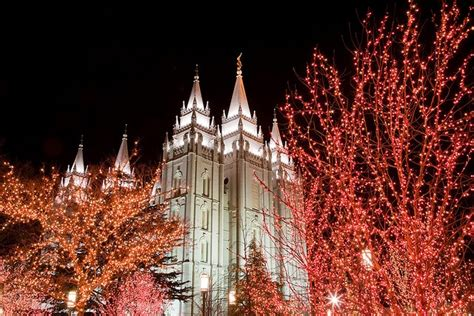 salt lake temple with christmas lights shinies lights