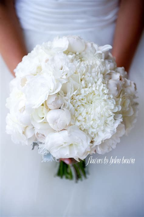 Wedding Bouquet Mums by The 25 Best Chrysanthemum Wedding Bouquet Ideas On