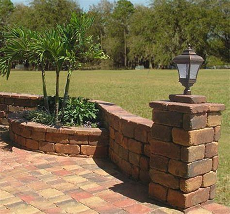 Retaining Wall Planter by 17 Best Images About Garden Design On Patio