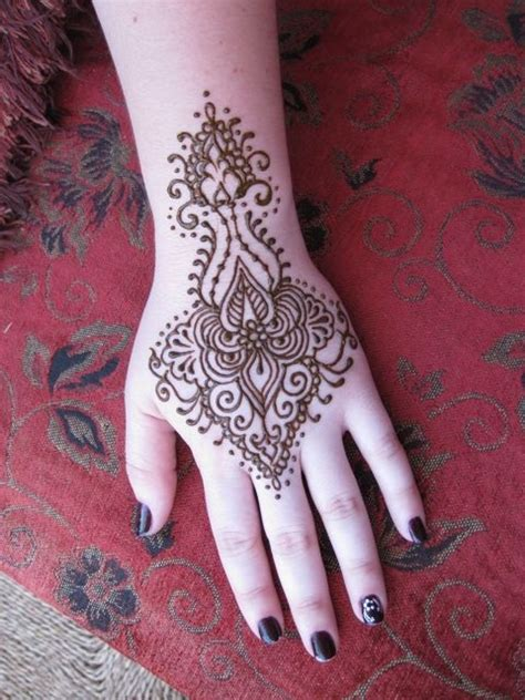 henna tattoo art lesson 25 great ideas about cool henna on henna