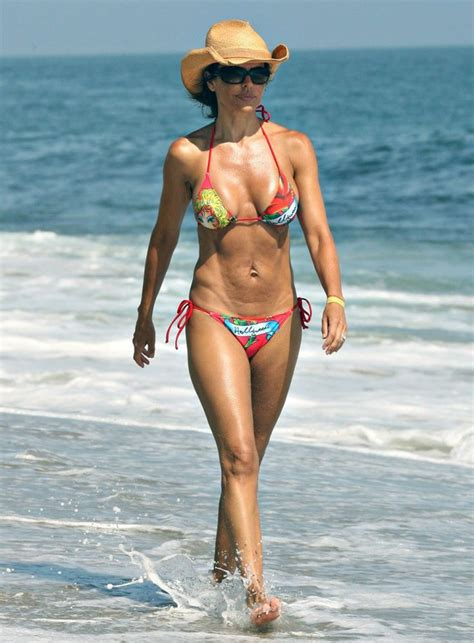 how to be as thin as lisa rinna lisa rinna celebrities bikini body pinterest