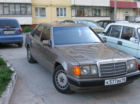 old car owners manuals 1989 mercedes benz e class transmission control how to remove 1989 mercedes benz e class armrest service manual how to remove 1989 mercedes
