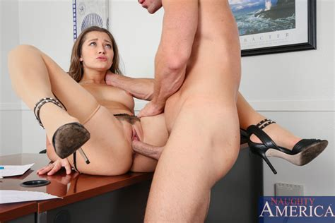 Yourdailypornstars Com Naughty America Dani Daniels In The Naughty Office