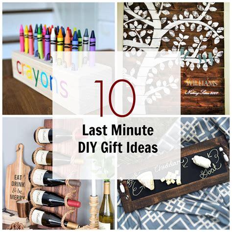 minute diy wood gifts     wood