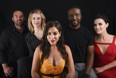 cast of the blindspot season 2 news update nbc thriller to reveal s real name in season 2 agents