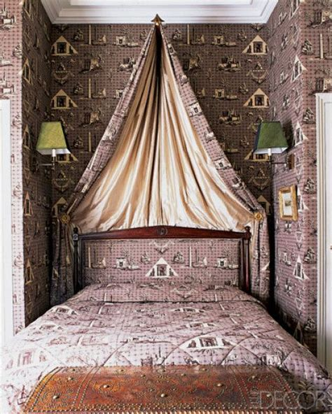 Jamie Creel and Marco Scarani. Paris bedroom with wall