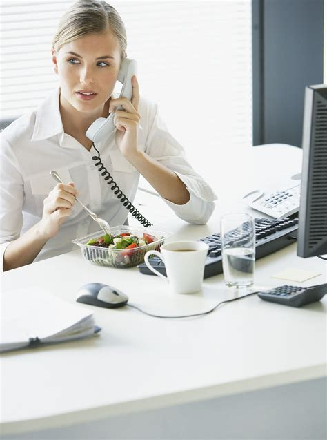 Lunch At Desk by Lunch At Your Desk Could Increase Your Risk Of Dvt
