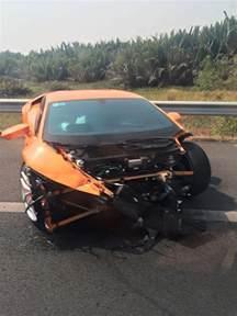 Lamborghini Huracan Crash Lamborghini Huracan Crashes In Gtspirit