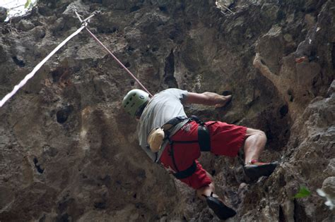 mountain swing man dies in a mountain swing incident